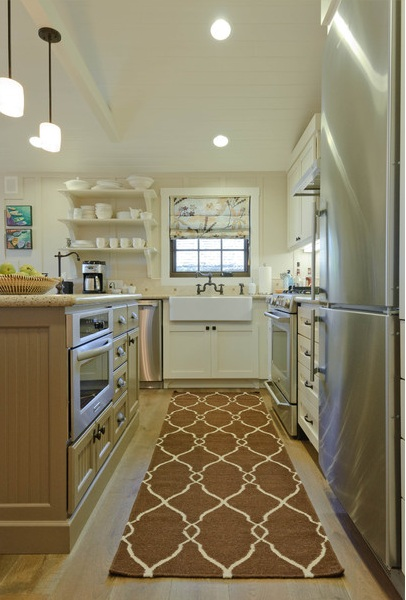 Delightful Is Using A Rug In The Kitchen Pretty Or Practical?